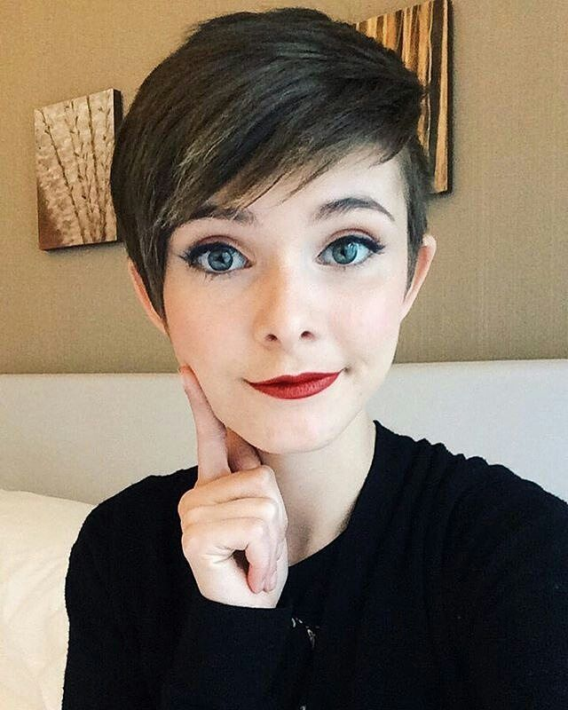 25+ Best Ideas About Cute Pixie Cuts On Pinterest | Pixie Haircut Pixie Cuts And Longer Pixie ...