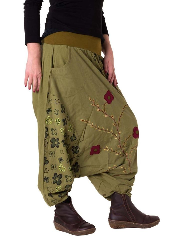 vishes Blumen Haremshose bestickt Hippie Hose Sarouel Hose Goa Hose | It really goes with the Mori in my opinion :)