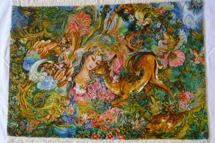Mooie handgeknoopte Perzische tapijt met illustratie (cirkel van het leven kleuren van het leven) - Iran / Tabriz 50 Raj 95 x 65 cm - einde van de 20e eeuw  Wordt aangeboden een handgeknoopte Perzische tapijt met illustratie met de naam circle voor leven kleuren van het leven in uitstekende conditie. Het tapijt is gemaakt in Tabriz Iran en is van uitstekende kwaliteit. De dichtheid van de knoop is 50 Raj waardoor het tapijt geschilderde kijken van een afstand. Het wordt niet gebruikt. Het…