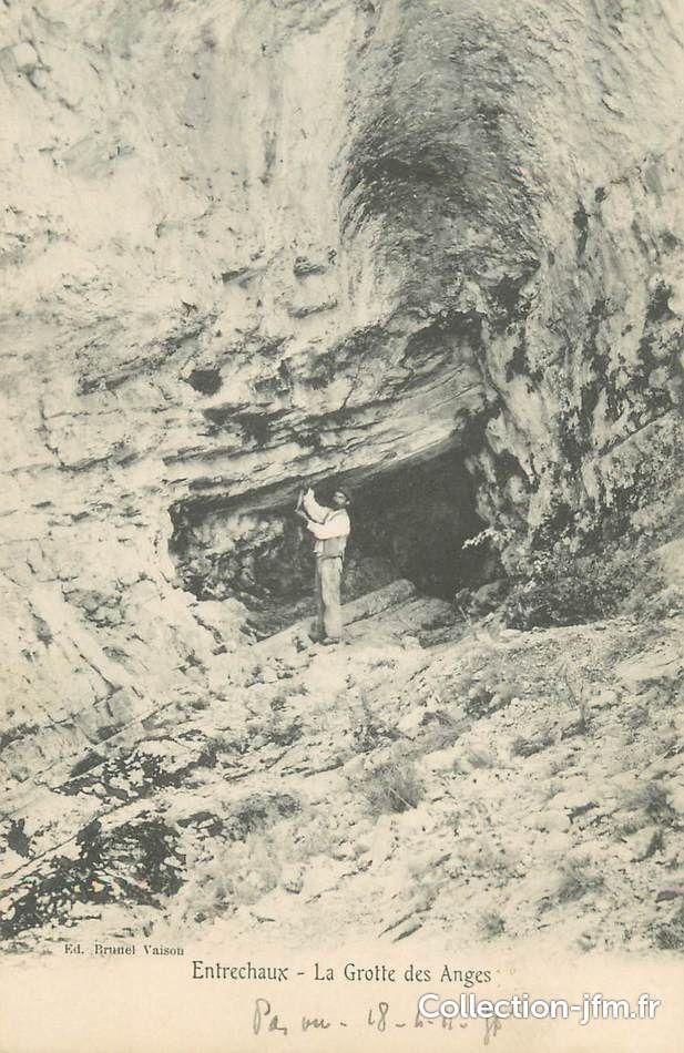 Entrechaux, La Grottes des Anges