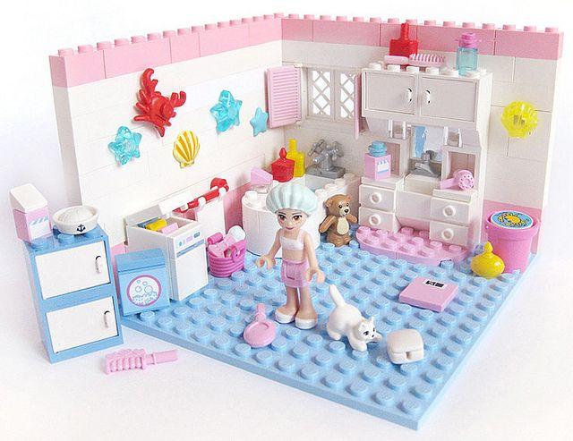 Lego Friends Bathroom by Jemppu M, via Flickr