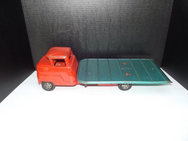 Vintage Truck Bed >> Vintage Pressed steel Structo Machinery hauler Tilt Bed Flatbed Toy Truck | Toy trucks