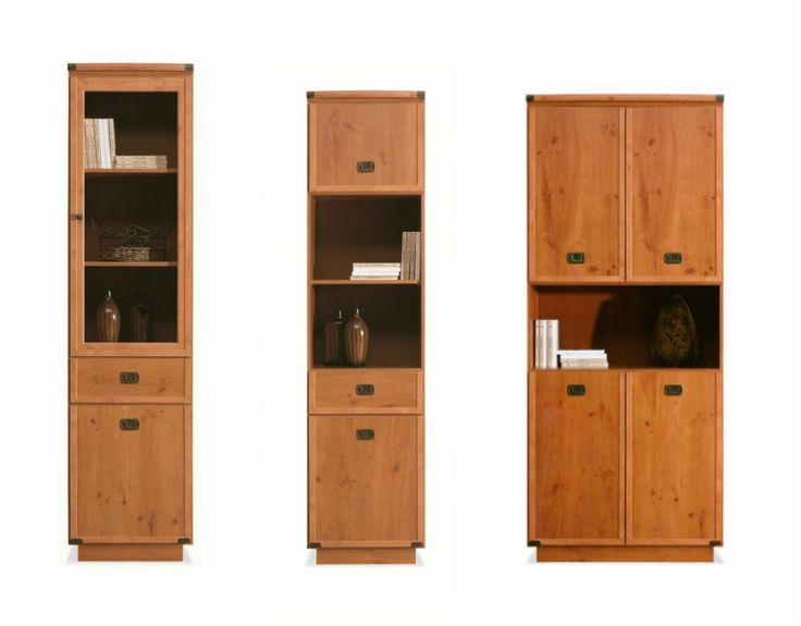Skříně s prosklenými částmi nebo otevřenými přihrádkami pro dekorace a knihy. Své místo najdou hlavně v obývacím pokoji.