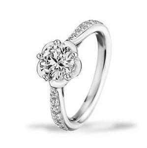 カメリア コレクション エンゲージメント リング - CHANEL(シャネル)の婚約指輪(エンゲージメントリング)