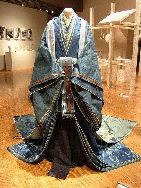 This Kimono is a reproduction of '12 hitoe', a Japanese traditional garb for ladies of the Heian Era, which requires 12 layers of kimono to complete the look. As this piece was made of denim by Rina Karibe, it is probably too heavy to wear comfortably // photo by Tatsuya Ishiguro, 2004