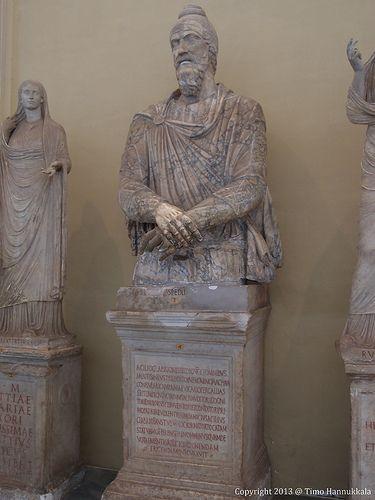 Statue of Dacian Vaticani Chiaromonti| Flickr – Condivisione di foto!