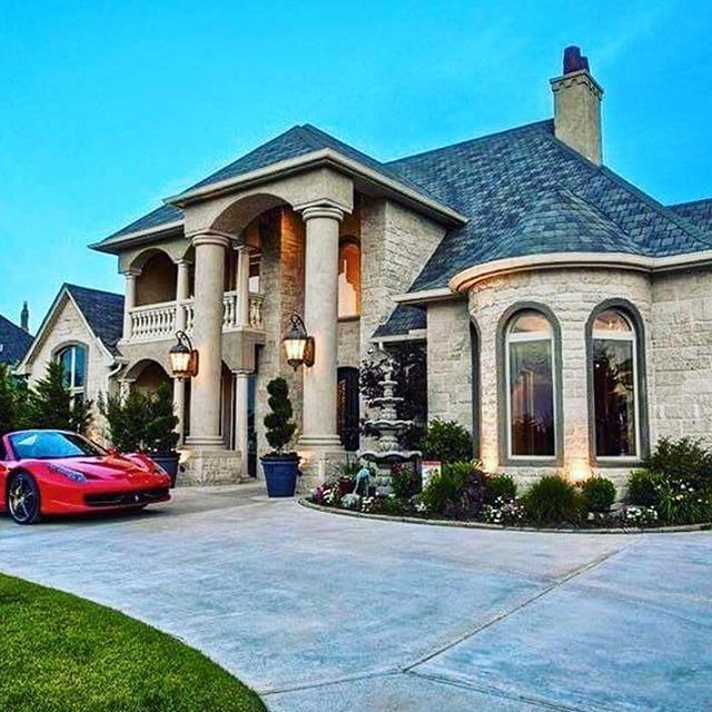 505 best driveway landscaping and curb appeal ideas images for Beautiful rich houses