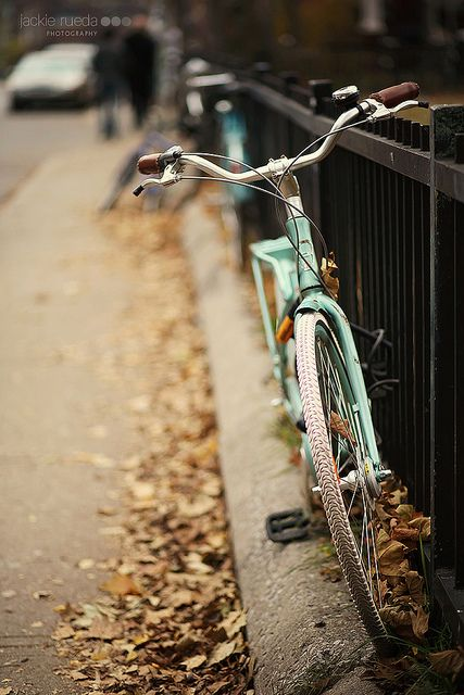Augusta Avenue by Jackie Rueda, via Flickr