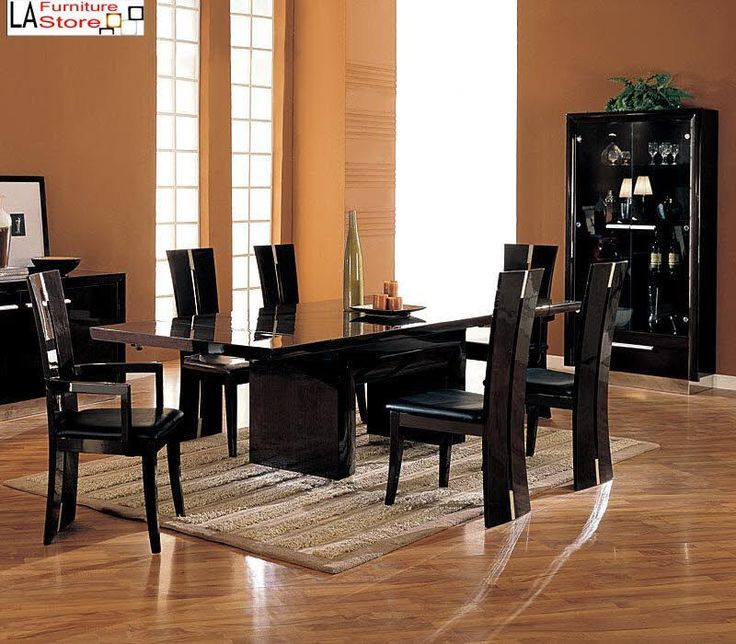 Catch Every Eyes with The Cool Modern Dining Room Tables : Modern And Stylish Dining Room Tables LaurieFlower 004