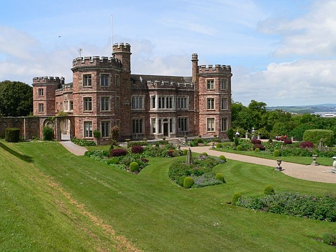 Mount Edgcumbe, Plymouth, UK:  I still can't believe I was here.  The day we visited, it was just like here in the picture!