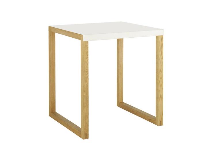 Kilo kvadratisk spisebord i solid eik og lakkert stål. Dimensjoner: L70 x H73 x D70cm. Kr. 1420,-