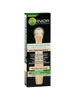 Garnier Youthful Radiance Very Light Beige -silmänympärysihon sävytetty tehohoito