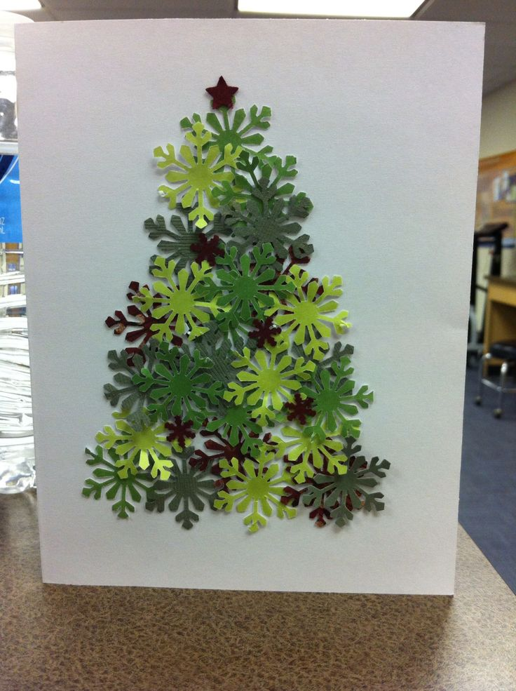Christmas tree card out of snow flakes ❤