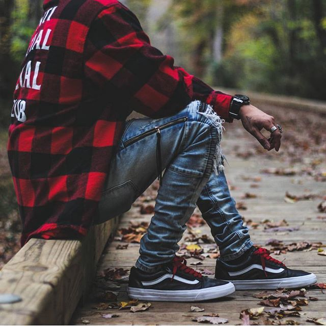 WEBSTA @bestofstreetwear Outfit by @wescalifa ✅ Flannel - Anti Social Social Club Jeans - Hyperdenim Shoes - Vans _________________________________ Our Fashion Family: @hypedhaven @kostyaapetrov _________________________________