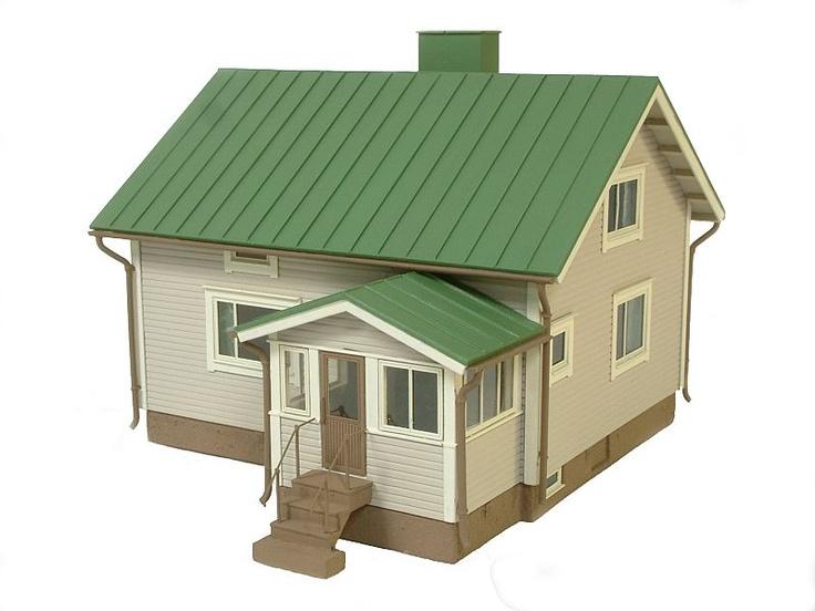 "Scale model of a finnish ""rintamamiestalo"" standard house type."