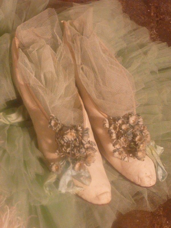 antieke balschoenen | verkochte artikelen/sold | De Merel Brocante webwinkel