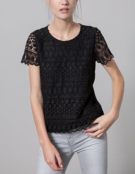 T-SHIRTS for woman at Stradivarius online. Visit now and discover the T-SHIRTS we have for you   Free returns.
