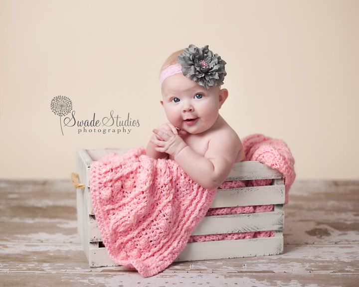 Overland park baby photographer little girl pictures6 month