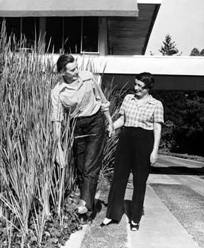 Ayn Rand and husband Frank O'Connor at their Richard Neutra house