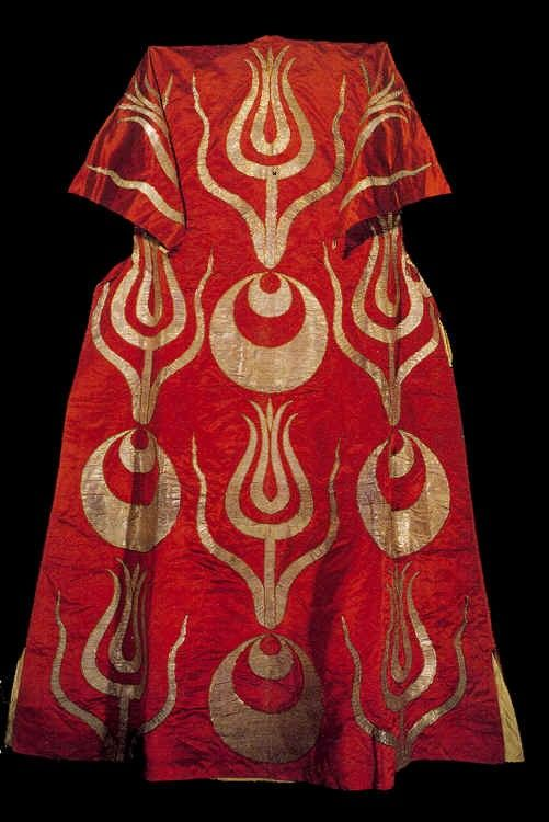 kaftan of red silk with appliqued gold crescents and tulips