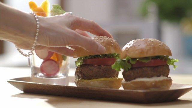 Burgers surprises   Cuisine futée, parents pressés