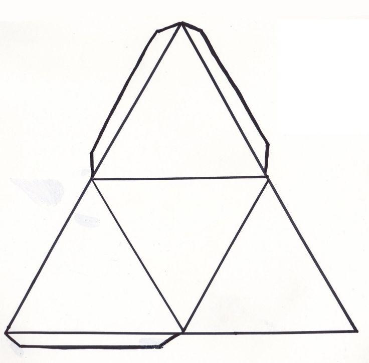 patron gratuit à imprimer pour faire une pyramide en papier