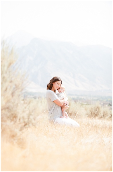 Ashlee Raubach Photography: The Ostler Family http://ashleeraubachphotography.blogspot.com/2012/10/the-ostler-family.html#