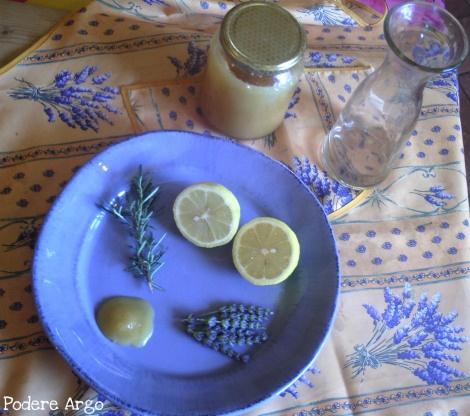 Bevanda rinfrescante alla #lavanda e #rosmarino