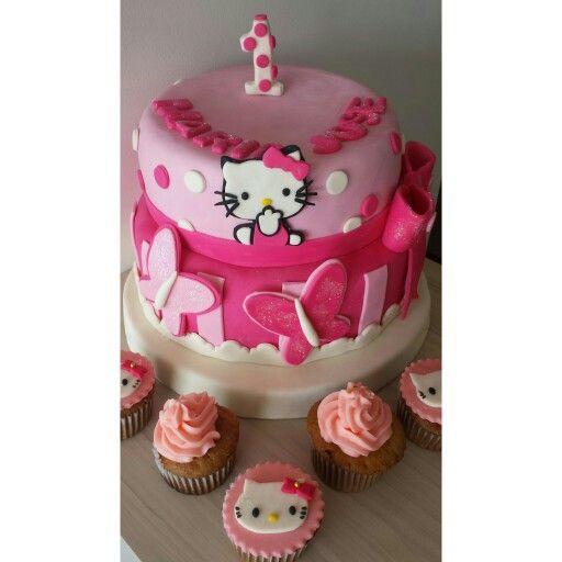 Hello kitty  Torta & cupcakes personalizados #TortasTemáticas  #TortasPalmira  @Dulcycandy  En tus dulces momentos!!