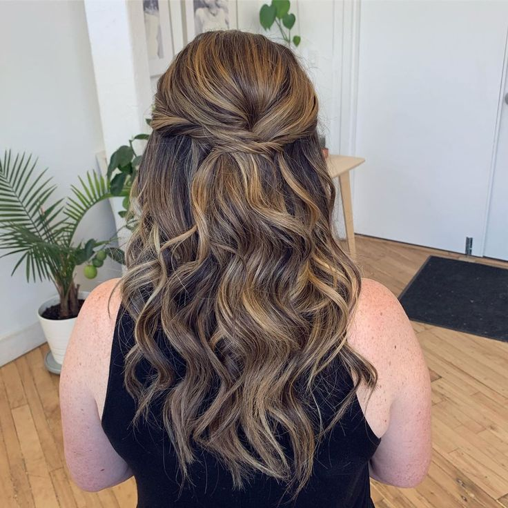 Half up, half down with bea by waves for my bride to be Katy! This type of curl/wave is a great option for those who have very shiny and slippery hair...