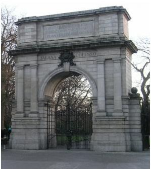 Fusiliers Arch in Dublin's St.Stephens Green. One of the many must see spots when you visit Dublin during the Gathering 2013
