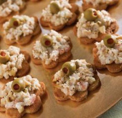 1000 images about amuse bouche canape on pinterest for Shrimp canape ideas