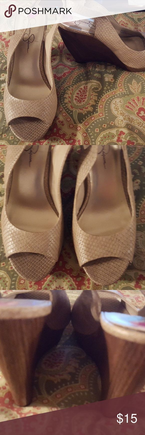 "Jessica Simpson 8.5 38.5 tan wedge sandals heels Shoes are in excellent condition.  Heels measure 4"".  Style is KARMENX.  Shoes are located in a smoke-free home. Jessica Simpson Shoes Sandals"