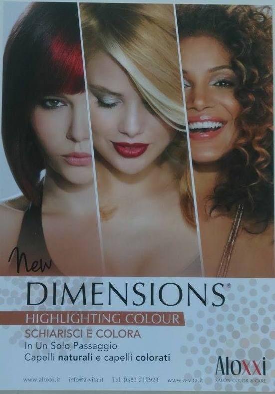 Perché gli AloXXi Dimensions schiariscono e colorano in un solo passaggio tutti i tipi di capelli, naturali o colorati. Nessun'altro può fare lo stesso!