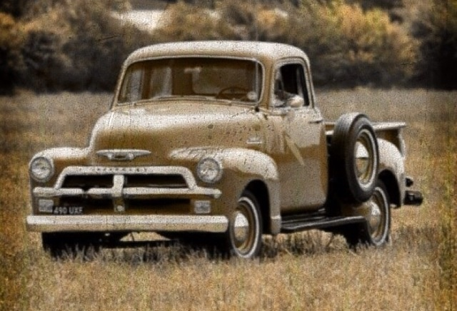 These style trucks have a hold on me y'all. I'm gonna own one one day.