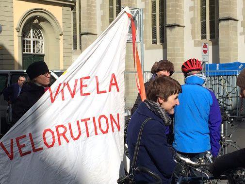 Heute Morgen wurde die Velo-Initiative in Bern lanciert. Veloplus hilft…