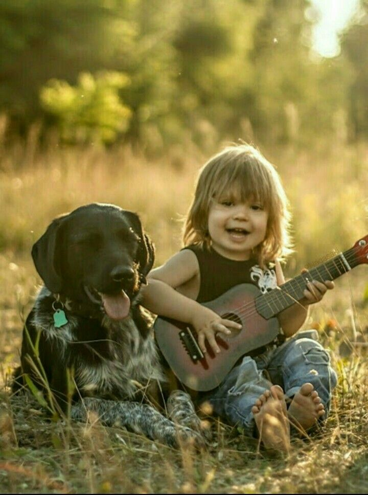 Kids And Teens Miss World The Most Beautiful Woman In The: TOO CUTE, LITTLE GIRL PLAYING THE GUITAR WITH HER DOG