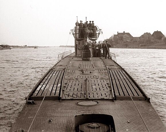 1000+ images about U-Boat on Pinterest   Boats, The ...