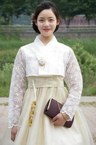 한복 Hanbok : Korean traditional clothes[dress] | Hanbok Lace Wedding Dress