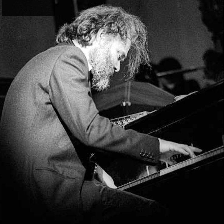 Garth Hudson playing the piano during The Last Waltz in 1976. (Photographer: Ed Perlstein)