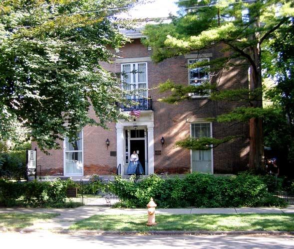 Haunted Places In Cambridge Ohio: Kelton House, Columbus, Ohio.