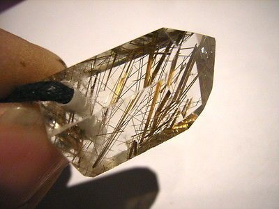 Wunderschöner, klarer RUTILQUARZ Kristall, gebohrt, am Band