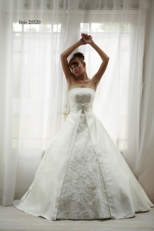 ウェディングドレス Inis 20320|ウェディングドレスのレンタルなら大阪ピノエローザへ