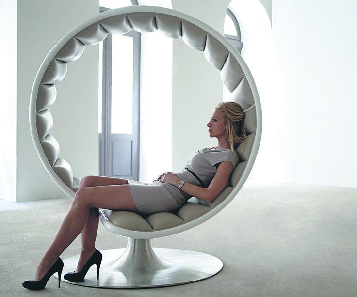Mebel z duszą Fotel z kolekcji Hug Chair to nie tylko zgrabny i stylowy mebel, ale również źródło romantycznych uniesień!