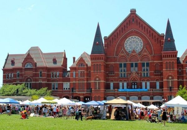Once a month (in the summertime), you can catch The City Flea in Washington Park