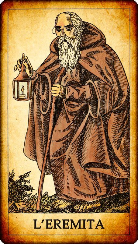 """Carta dei Tarocchi  """"IX. L'EREMITA"""" Un vecchio barbuto, con indosso una lunga veste con cappuccio, procede aiutandosi con un bastone ed illuminando la sua strada con una lanterna.  SIGNIFICATO nei Tarocchi: L'eremita è il simbolo della saggezza. Il riferimento simbolico alla saggezza è sia nella lanterna che tiene in mano l'eremita – che illumina la realtà dei fatti – sia nella figura dell'eremita stesso. La saggezza dell'eremita dei tarocchi è anche prudenza, ad esempio nel valutare... MO"""