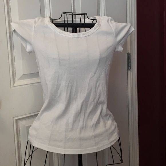 Talbots Petite tee White soft cotton tee with beautiful crocheted neckline Talbots Tops Tees - Short Sleeve