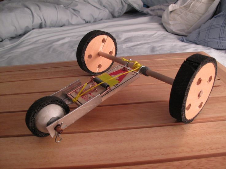 Victor mousetrap car speed racer! #crafts #DIY #projects