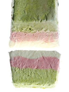 """Pistachio, strawberry and vanilla semifreddo l Semifreddos are the ultimate """"make ahead"""" dessert. Pull out of the freezer 30 minutes before serving and make them swoon! Everyone loves them."""