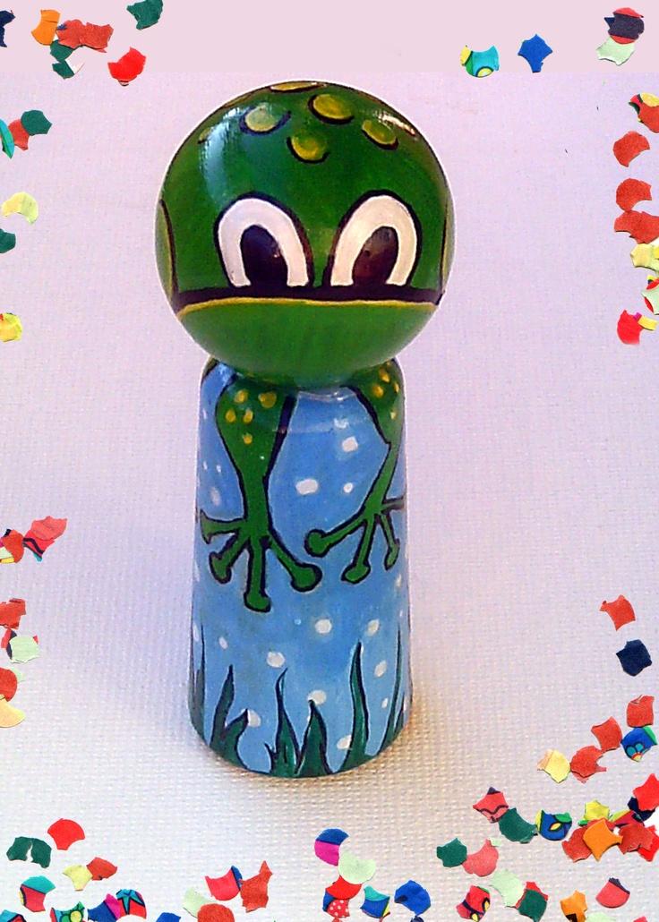 fingerpuppet frog    http://fiaba.de/fingerpuppe-aus-holz-frosch/
